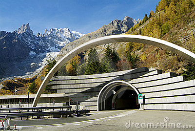 Mont Blanc legen einen Tunnel an