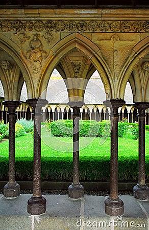 Mont Saint Michel cloister gar