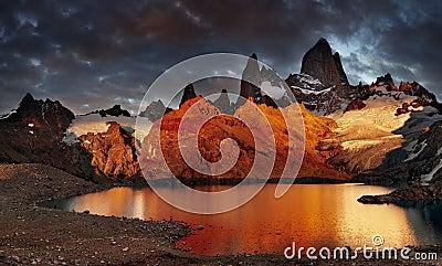 Montagem Fitz Roy, Patagonia, Argentina