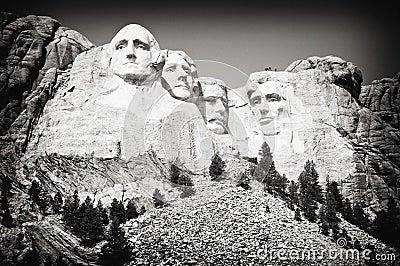 Montagem Rushmore Sideview
