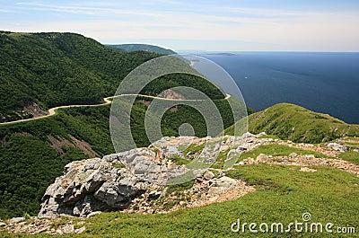 Montagne oceano della nuova scozia fotografia stock for Gros morne cabine del parco nazionale
