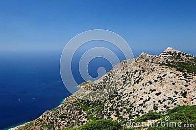 Montagnes sur l île grecque
