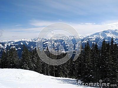Montanhas austríacas - paisagem do inverno