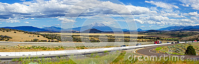 Montera Shasta dalpanorama, norr Kalifornien, USA