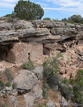 Free Montezuma Well Cliff Dwellings Stock Photography - 349762