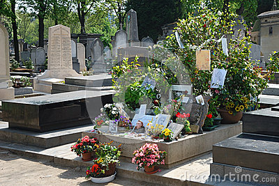 Montparnasse cemetery - Tomb of Serge Gainsbourg Editorial Stock Photo