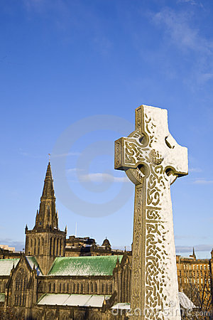 Monument and Glasgow Cathedral