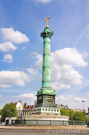 Monument on Place de la Bastille