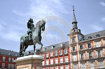 The monument of the on Plaza Mayor in Madrid, Spa