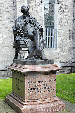 Monument to Benjamin Guinness in Dublin, Ireland