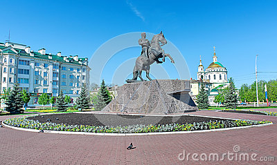 Monument to General Yermolov, the hero of the War of 1812.