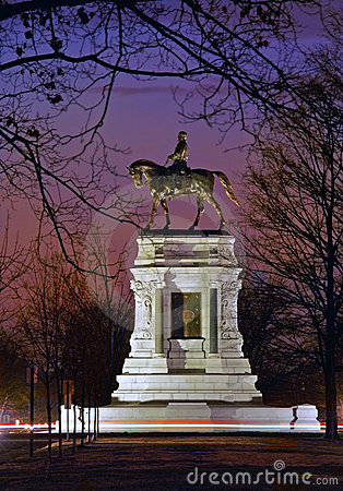 Monumento de general Roberto E. Lee, Richmond, VA