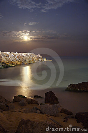 Free Moon At Beach Royalty Free Stock Images - 993769