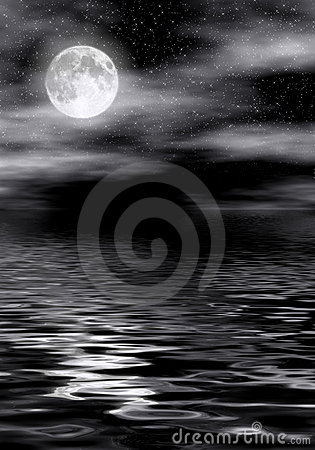 Free Moon On Water Stock Images - 4705224