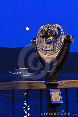 Free Moon Over Lake George Royalty Free Stock Photography - 21219887