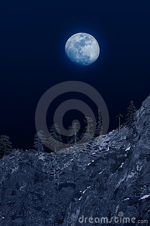 Free Moon Over Mountainside Stock Images - 5097294