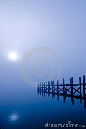Free Moonlight Over Water Royalty Free Stock Photo - 7481095
