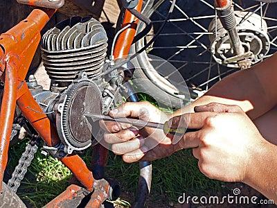 Moped repairing