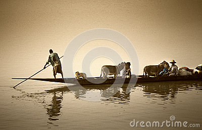 Mopti, Mali, Africa - the port of the city where it joins the Ba Editorial Photography