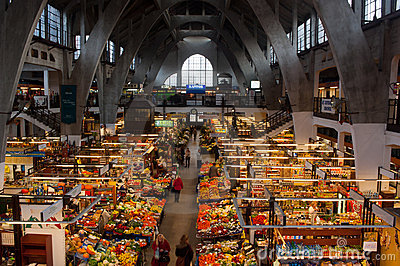 Morgeneinkaufen Redaktionelles Stockfotografie