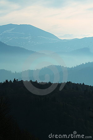 Free Morning Mountain Royalty Free Stock Photography - 5167377