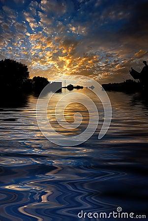 Free Morning Sunrise Reflected Water Stock Photo - 5732490