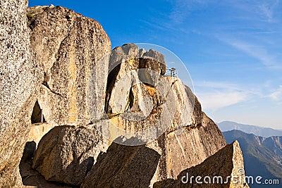 Moro Rock Overlook