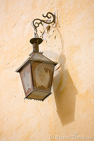 Moroccan Lamp Shadow