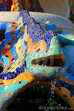 Mosaic chameleon in Park Guell