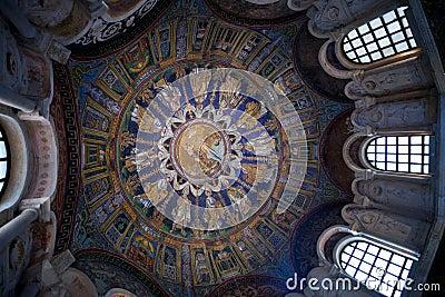 Mosaico Blu Scuro Del Soffitto Del Battistero Di Neoniano A Ravenna Fotografia Stock Libera da ...