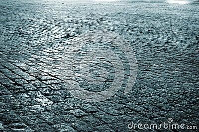 Mosca, pavimentazione al quadrato rosso