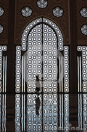 mosque girl silhouette