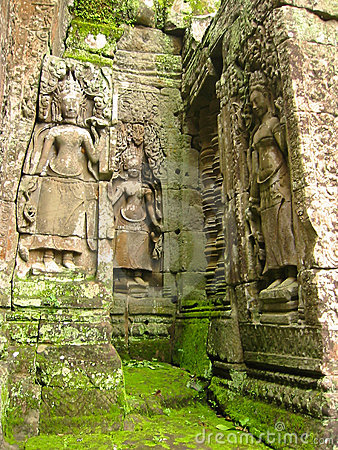 Free Mossy Stones Angkor Wat Temple Ruins Cambodia Royalty Free Stock Images - 76309
