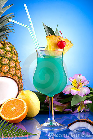 Free Most Popular Cocktails Series - Blue Hawaiian Stock Images - 6109424