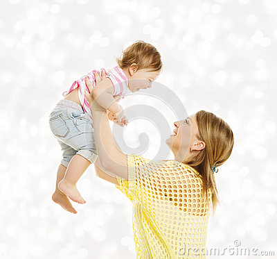 Free Mother And Baby Family Portrait, Happy Little Kid With Mom Stock Photo - 58419350