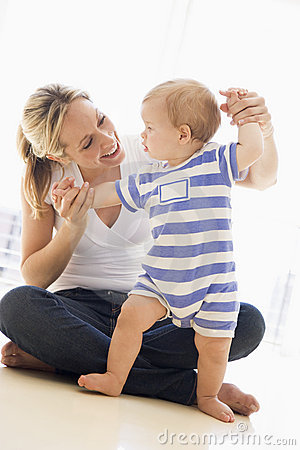 Free Mother And Baby Indoors Playing Stock Photos - 5940073