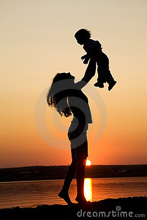 Free Mother And Daughter On Sunset Stock Images - 11704254
