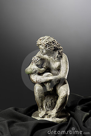 Free Mother And Son Clay Sculpture Stock Photos - 5903843