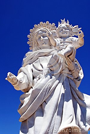 Mother and child statue, Almeria, Spain.