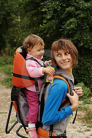 Free Mother Mom With Baby Hiking Stock Images - 13314604