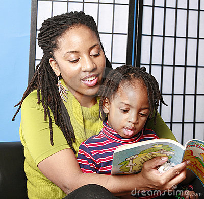 Free Mother Reading To Her Son Royalty Free Stock Image - 432286
