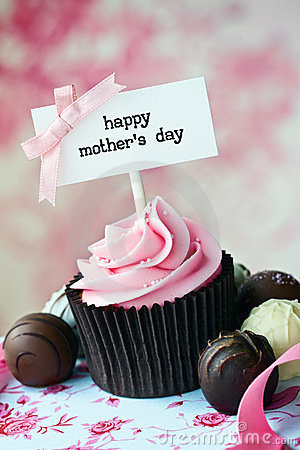 Free Mother S Day Cupcake Royalty Free Stock Photography - 23956907
