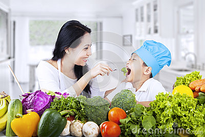 Healthy family eating