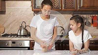 Mom teaches teen