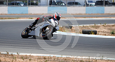 Motocycle racing