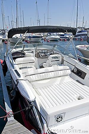 Free Motor Boat Royalty Free Stock Photos - 20864538