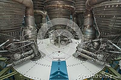 Motor de Saturn V Foto Editorial