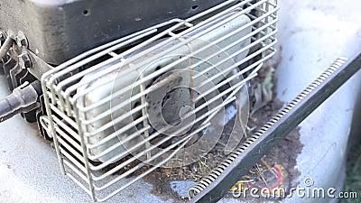 Motor do close-up de um cortador de grama video estoque