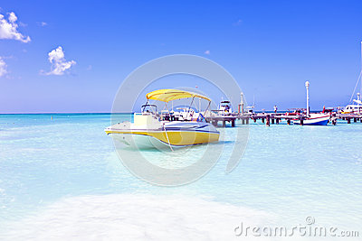 Motor yachts in the caribbic sea