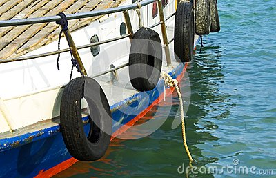 Motorboat with mooring rope
